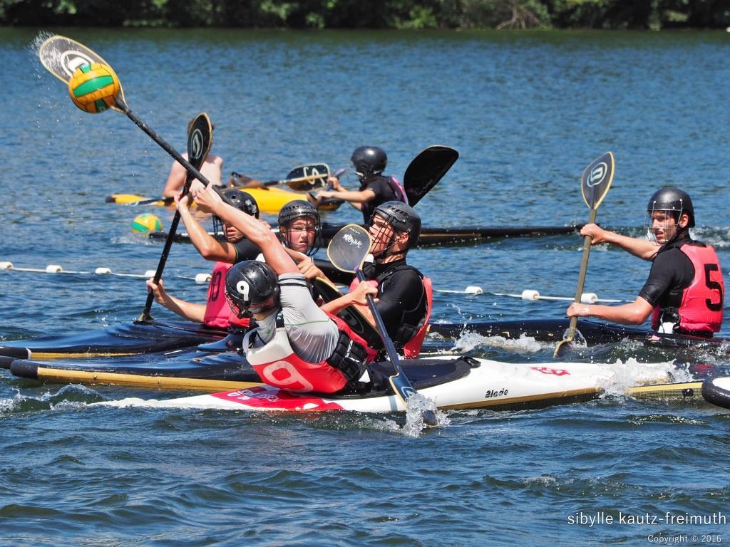 Starker Kanupolo-Auftritt der Wassersportfreunde